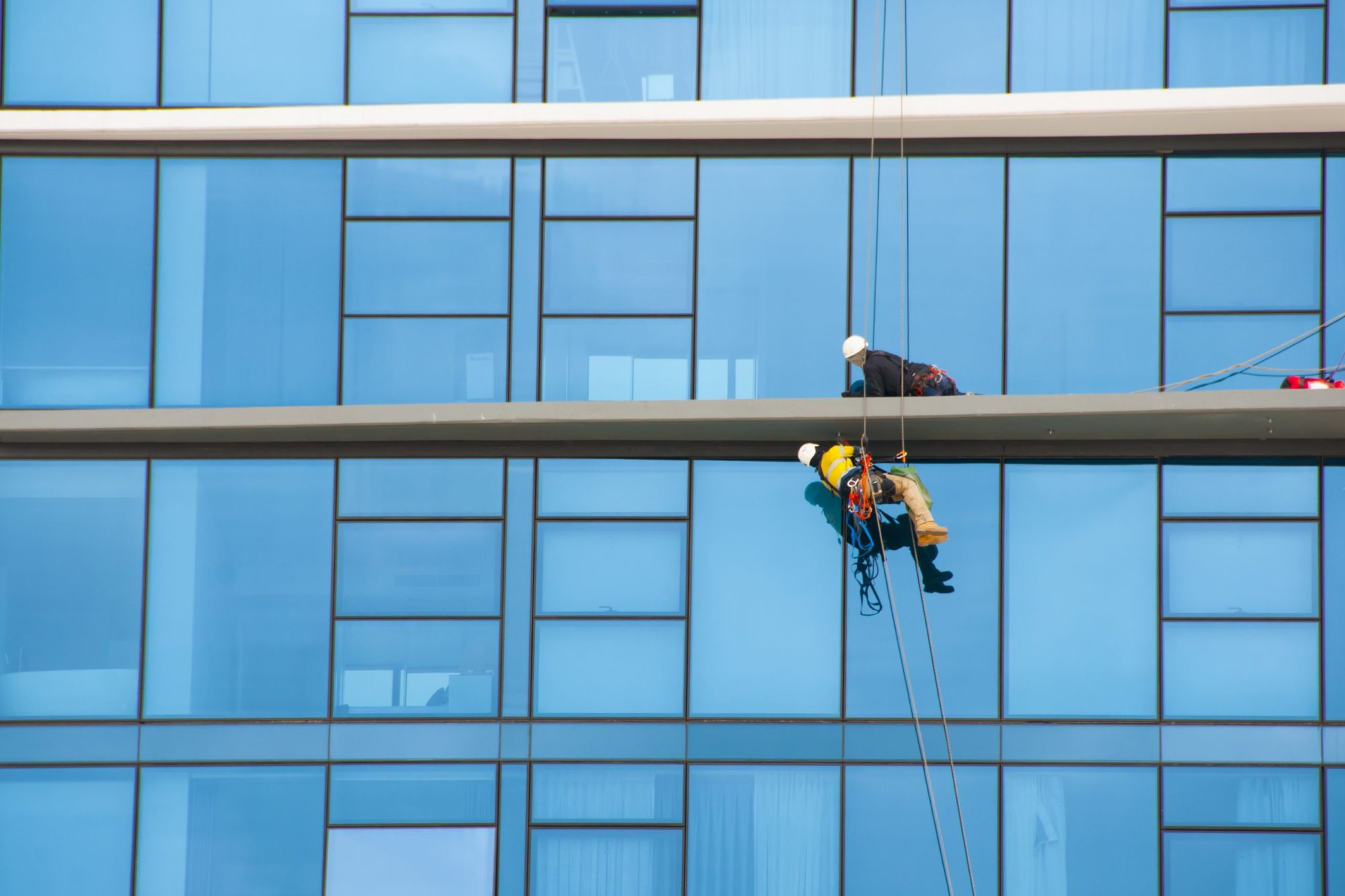 windows-being-cleaned